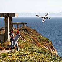 Name: image-d58af258.jpg Views: 25 Size: 140.5 KB Description: Robert and I flying the meteor on a great Fermin day.