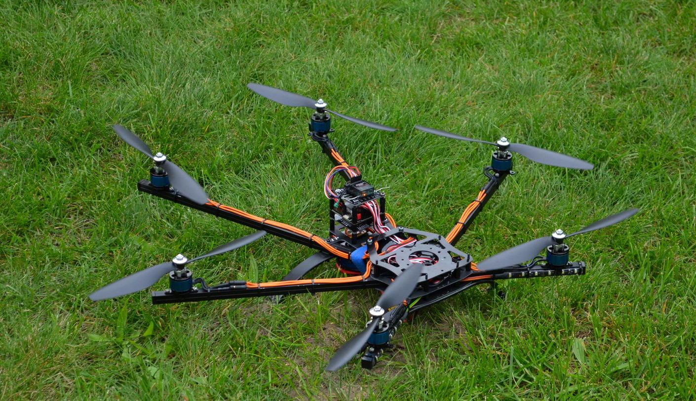 "Name: DSC_0076.jpg Views: 585 Size: 311.0 KB Description: 10"" FlyduSpider"