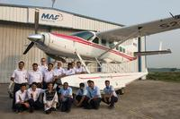 Name: MAF Caravan ground crew lg.jpg