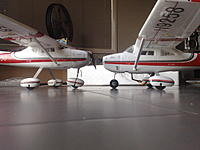 Name: 200120141236.jpg Views: 108 Size: 169.5 KB Description: Another comparison, original on the left versus modded landing gear on the right.