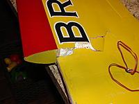 Name: 001.jpg Views: 69 Size: 125.4 KB Description: Right wing broken