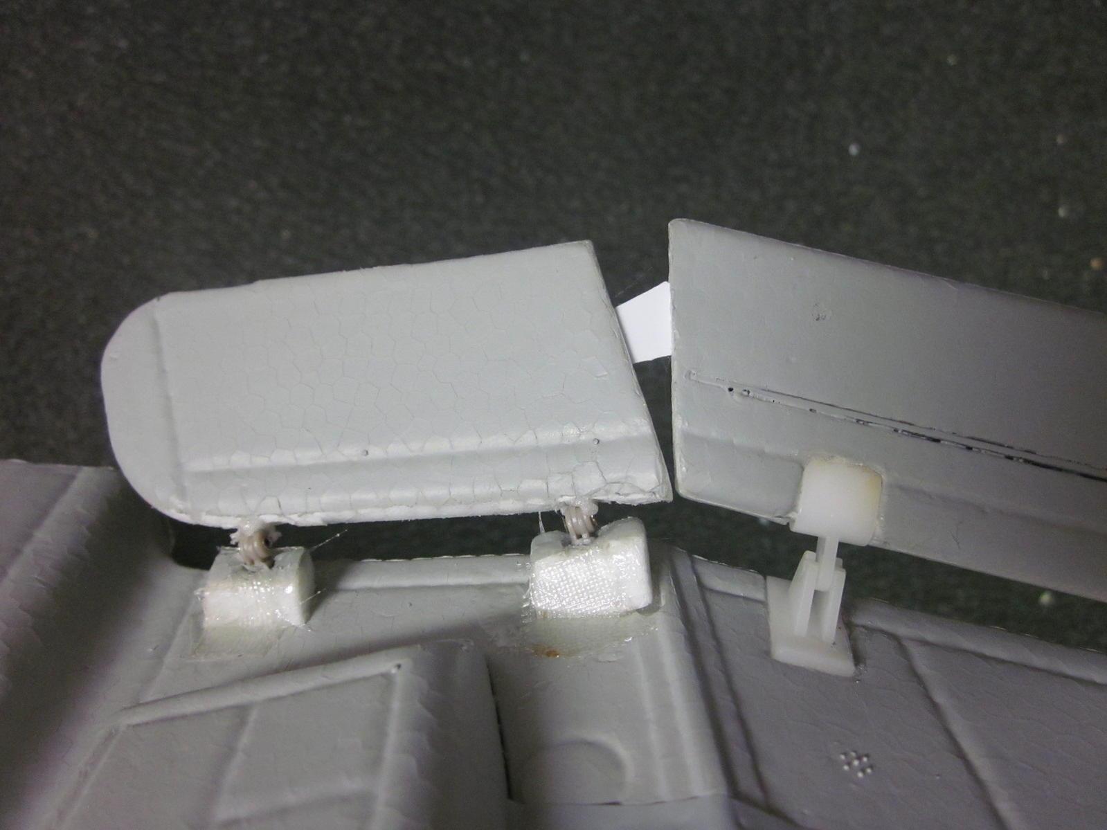 Name: Stuka Flaps 2012-12-23 006.jpg Views: 287 Size: 129.2 KB Description: Bottom view