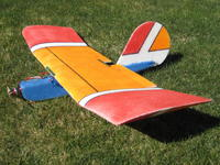 Name: 024.jpg Views: 737 Size: 168.0 KB Description: This is the original Q-TRAINER.  It flies great and will do near vertical climbs.