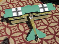 Name: Pictures.20090809 010.jpg Views: 223 Size: 146.2 KB Description: The wingspan on my DR1 is about 31 inches.