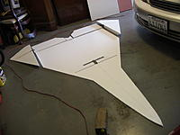 Name: RIMG0002.jpg Views: 277 Size: 156.0 KB Description: Wing with removable tips for transport. Rear spar installed and cutout made for front spar assembly.