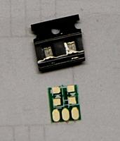 Name: 20120216_9847c078ed40244153fdFv7nYsHYCPCl.jpg.thumb.jpg Views: 15 Size: 30.4 KB Description: Red LED x 2 (Green dot side negative electrode)
