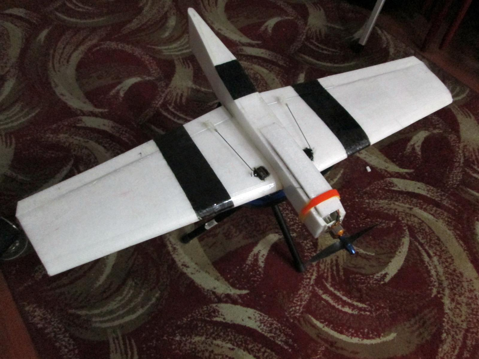 Name: Bobtail Plank 1.jpg Views: 259 Size: 185.9 KB Description: rc laminated EPP wing - this wing does infinite loops.