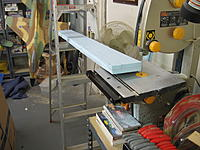 Name: IMG_1610.JPG Views: 170 Size: 496.1 KB Description: Sawing out the top & bottom