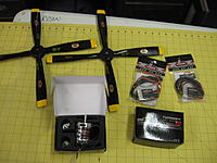 Name: IMG_0879.jpg Views: 390 Size: 172.4 KB Description: 16x8 Biela 4 bladers, motors and escs