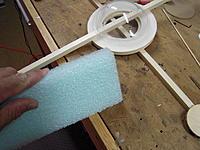 Name: DSCN1157.jpg Views: 49 Size: 228.0 KB Description: Super spongy packing foam for LG.