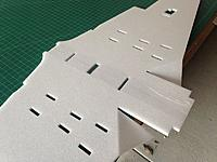 Name: 032.jpg Views: 34 Size: 101.3 KB Description: Add tape to wing halves