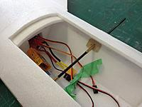 Name: 013.jpg Views: 61 Size: 81.6 KB Description: Fitting the tube and CF tube for canards
