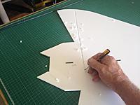 Name: 012.jpg Views: 43 Size: 77.6 KB Description: Slot for CF 4 mm tube on underside of wing