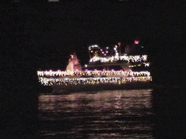 Name: Christmas Parade-020.jpg Views: 372 Size: 89.1 KB Description: