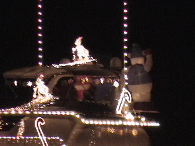 Name: Christmas Parade-058.jpg Views: 321 Size: 95.5 KB Description: