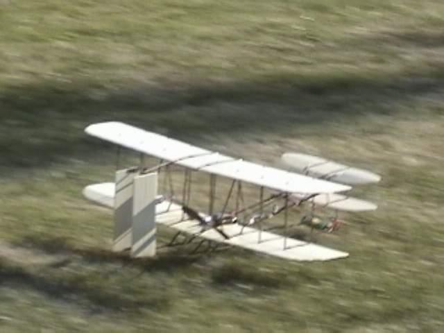 Name: DSC00035.jpg Views: 1,025 Size: 26.4 KB Description: Just before landing.