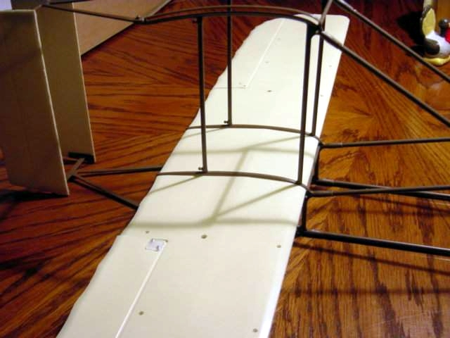 Name: bottomwing2.jpg Views: 606 Size: 144.4 KB Description: The second step is sliding the wing into the fuselage.