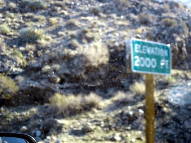 Name: 2000a.jpg Views: 353 Size: 240.2 KB Description: The 2,000 foot altitude sign.