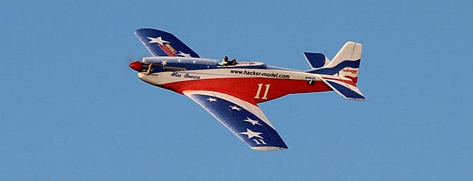 Aerobatics were crisper with the 4-cell pack and full throttle.