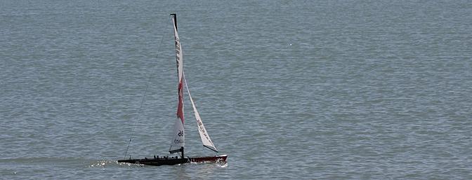 A last shot of the Naulantia sailing.