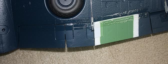 The three section flaps came fully installed and connected to their servos from the factory.