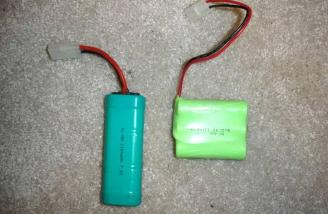 """The battery packs are different in configuration only. The """"2's"""" pack is on the right."""