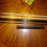 Here we have the main inner wing rods and the shorter, more narrow outer rods as well as the long materials for the connection rods to the rudder and elevator.
