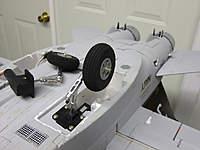 Name: DSCF1361.jpg Views: 372 Size: 56.6 KB Description: Gear mounted in the plane.