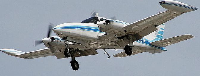 The ubiquitous Cessna 310 Twin, on final. (Photo by Erick Stamm - Airlines.net)