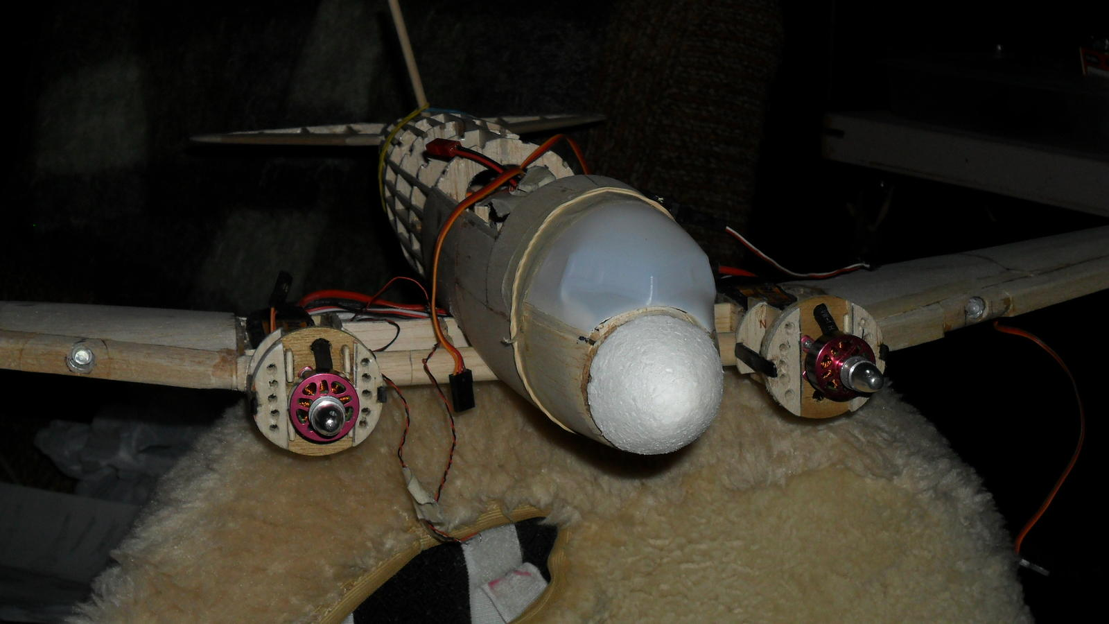 Name: DC-3 motors.jpg