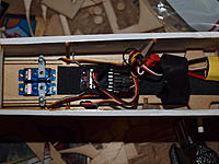 Name: PA212250.jpg Views: 94 Size: 183.3 KB Description: All the wires collected with a twist tie.