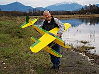 Name: gerry_shoestring.jpg