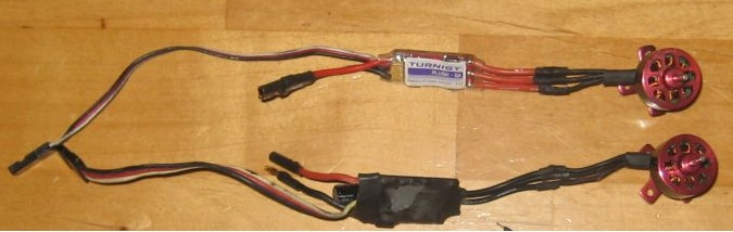 Name: turnigy1811-2900 5a.jpg Views: 35 Size: 47.5 KB Description: bottom motor and esc