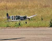 Name: DSC_6120.jpg Views: 245 Size: 46.8 KB Description: Wheeled landing coming up