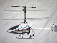 Name: CIMG2037_R8.jpg Views: 36 Size: 63.2 KB Description: She can fly tilted (right) turn.