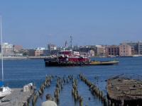 Name: balto 029.jpg Views: 104 Size: 70.5 KB Description: Tugboat parade