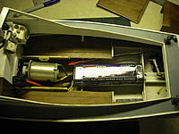 Name: MB 6.jpg Views: 148 Size: 215.1 KB Description: Standard 7.2V NiMh pack fits in deck cutout.  LiPo's can hide under the deck.