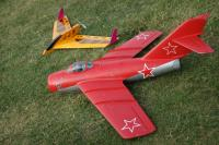 Name: 21.jpg Views: 344 Size: 129.7 KB Description: My two for the day. The Alfa Mig and the Blue Arrow Acrojet.