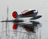 Name: IMG_4387 copy.jpg Views: 103 Size: 184.5 KB Description: tail float first, real skill