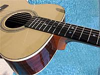 Name: guitar_2_close_up.jpg