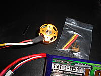 Name: DSCN3267.jpg Views: 88 Size: 219.5 KB Description: The motor has both 2mm and 3mm mounting holes. Apparently this motor was made to be able to fit 250-400 size helicopters. Wow hobbies sells it, i think, specifically for the 1#A model heli.