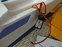 Name: DSC00976.jpg Views: 128 Size: 433.5 KB Description: The 6-Ch FlySky Rx already installed by FMS.
