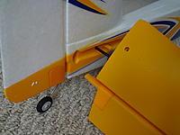 Name: DSC00988.jpg Views: 124 Size: 450.1 KB Description: The elevator slides in here over the supplied CF spar.
