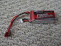 Name: DSC00972.jpg Views: 93 Size: 1.07 MB Description: The supplied 3S 1300mAh  LiPo rated at 25C. It weighs 105.3g.