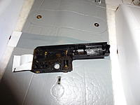 Name: DSC01686.jpg Views: 74 Size: 345.1 KB Description: One side of retract with all parts removed for cleaning.