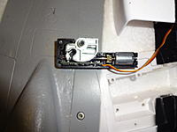 Name: DSC01693.jpg Views: 68 Size: 434.0 KB Description: Put the trunnion back in as shown and close up the halves.