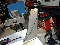 Name: 2013-05-27 13.41.58.jpg Views: 121 Size: 111.1 KB Description: Vertical fin with push rod