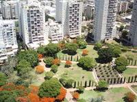 Name: IMG_0181.jpg Views: 85 Size: 183.5 KB Description: The park below...