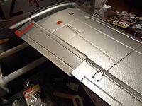 Name: DSC00321.jpg Views: 224 Size: 197.1 KB Description: Flap and aileron detail