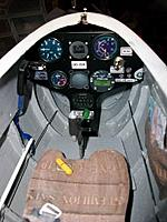 Name: readypaint_3.jpg Views: 68 Size: 68.9 KB Description: blue spoiler lever connected to white fake rod, scale instrument panel with functional main power switch, new stick fixed to the footplate, yellow hook release handle on seat.